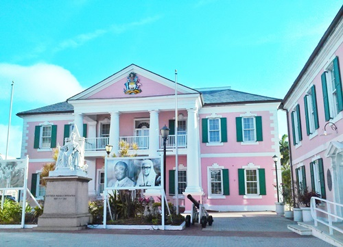 Things to do in Nassau Bahamas: Parliament Square