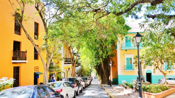 Things to do in San Juan with a self-guided Old San Juan tour