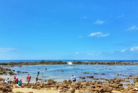 Hawaii packing list: Pack water shoes so you don't need to worry about stepping on sharp rocks at Sharks Cove!