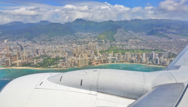 Flying Into Honolulu Airport Where To Sit On Your Flight