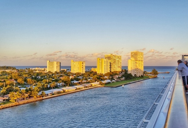 Cruises from Florida: Cruising out of Port Everglades in Fort Lauderdale for a Caribbean cruise