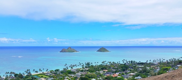 Mokulua Islands: The Mokes from Lanikai Pillbox Hike in Oahu Hawaii.