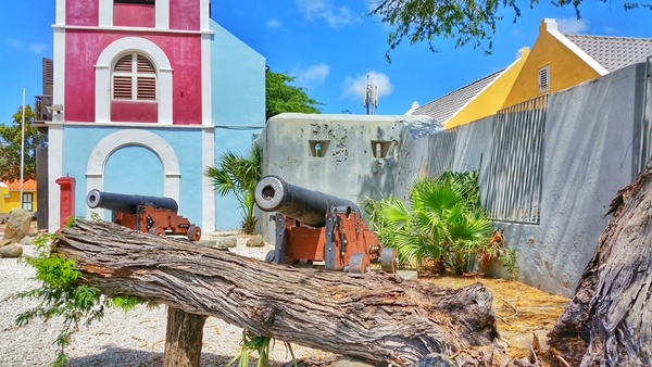 Aruba cruise: Fort Zoutman Museum for Caribbean history during a southern Caribbean cruise