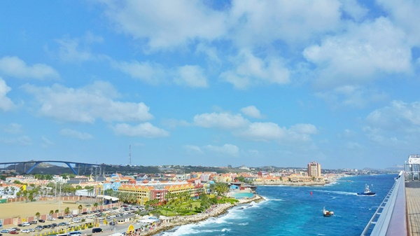 Curacao cruise: On a Carnival cruise to Curacao, southern Caribbean