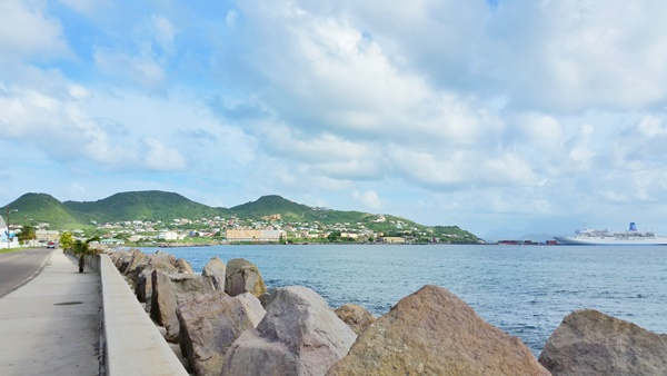 St Kitts cruise: Walking tour after your St Kitts excursion on a Caribbean cruise to St Kitts