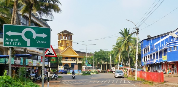 How to get a taxi from Goa Airport + Taxi fares :: north goa