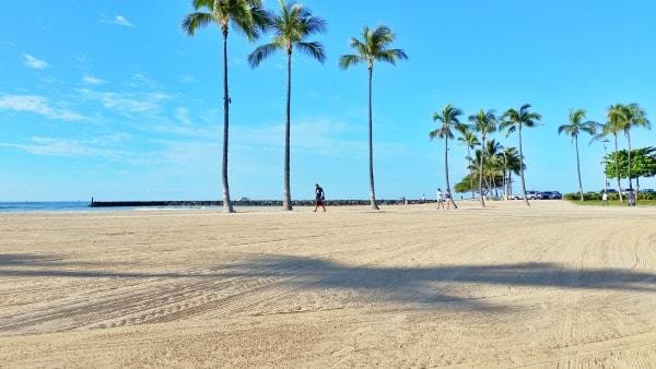 Waikiki Activities Travel Guide: Running in Waikiki, Oahu, Hawaii. Best things to do in Waikiki.