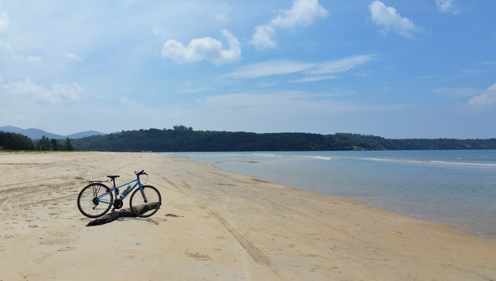Cycling Goa: Betul Beach near Mobor Beach, South Goa, India