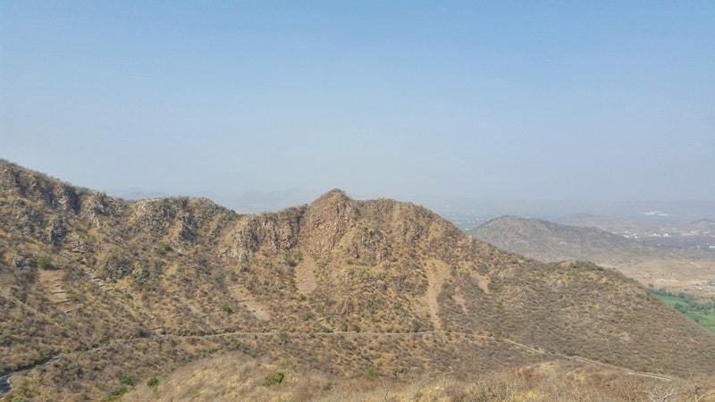 Udaipur itinerary, 3 days: Monsoon Palace walk - hike with best views of Udaipur. Best places to visit in Udaipur, Rajasthan, India.