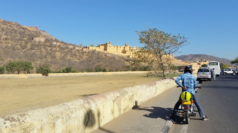 Jaipur itinerary, 2 days: Jaipur to Amber Fort. Jaipur forts, Rajasthan. Best places to visit in Jaipur, India.