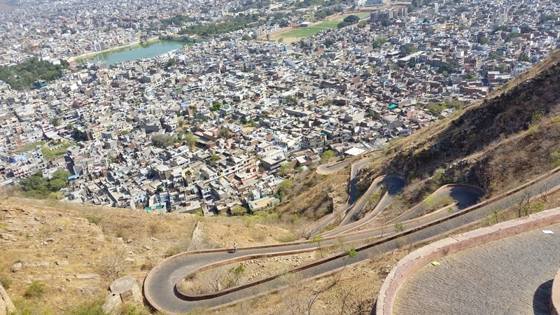 Jaipur itinerary, 2 days: Jaipur to Nahargarh Fort. Jaipur forts, Rajasthan. Best places to visit in Jaipur, India.