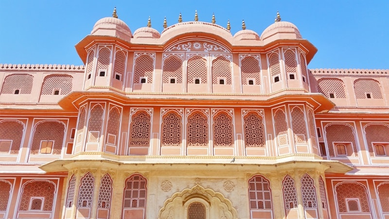 Jaipur itinerary, one day: Palaces in Jaipur, Rajasthan. Best places to visit in Jaipur, India.