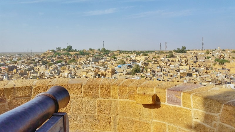Jaisalmer itinerary, 4 days: Best rooftop views in Jaisalmer Fort, cannon sunset point. Best places to visit in Jaisalmer, Rajasthan, India.