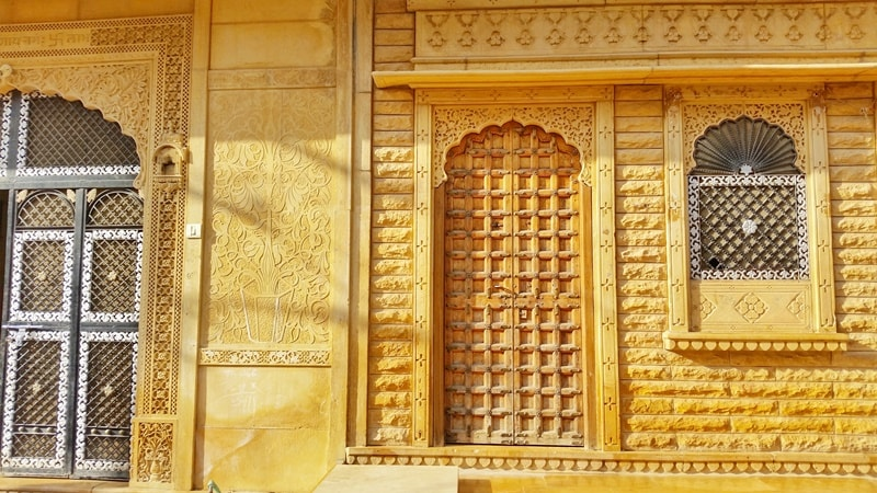 Jaisalmer itinerary: Best places to visit in Jaisalmer in 3 days. Jaisalmer Golden City. Rajasthan, India