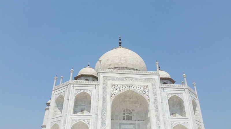 One day in Agra, itinerary: Taj Mahal palace architecture. How much time at Taj Mahal? Best places to visit in Agra beyond Taj Mahal, Golden Triangle, India