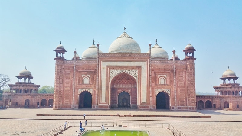 One day in Agra, itinerary: Taj Mahal grounds. How much time at Taj Mahal? Best places to visit in Agra, Golden Triangle, India