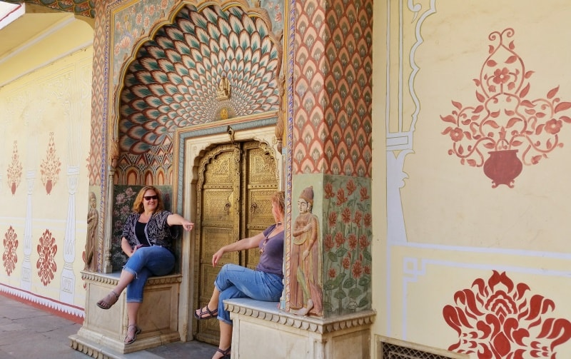 Palaces in Jaipur in one day: City Palace Jaipur, doors. Best photography. Rajasthan palaces, India