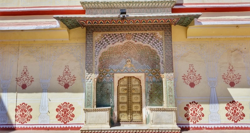 Palaces in Jaipur in one day: City Palace Jaipur. Rajasthan palaces, India